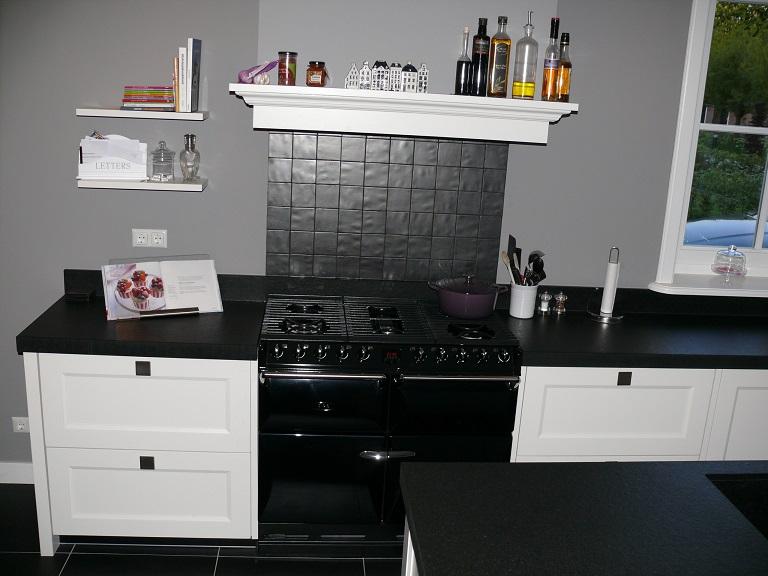 Familie de jong oud beijerland zuid holland aga cooker styling keukens - Eigentijdse landelijke keuken ...